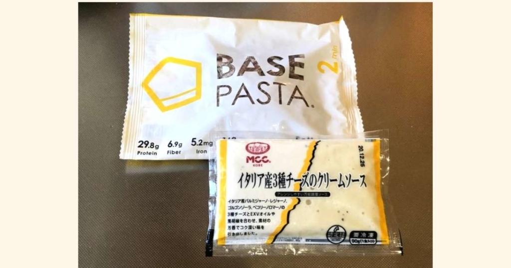 ベースパスタ(フェットチーネ)はあふれ出るお蕎麦感